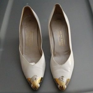 Bruno Magli Leather & Metal Shoes Size 10AAA
